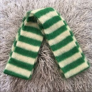 Juicy couture green white mohair winter scarf